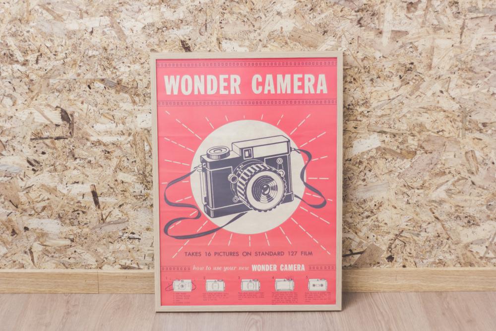 en nuestro estudio, lámina wonder camera para decorar