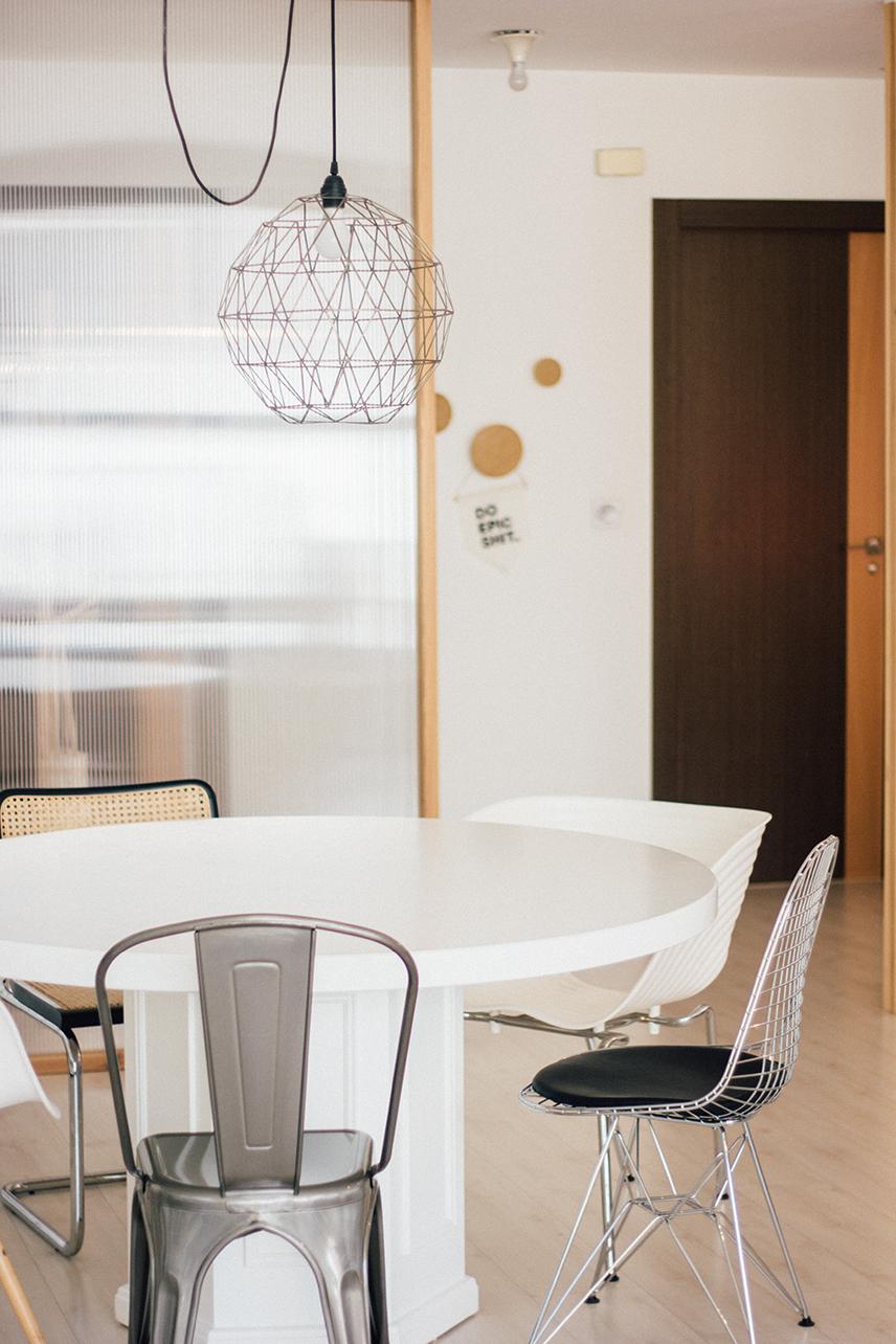 mesa y sillas estudio ESC