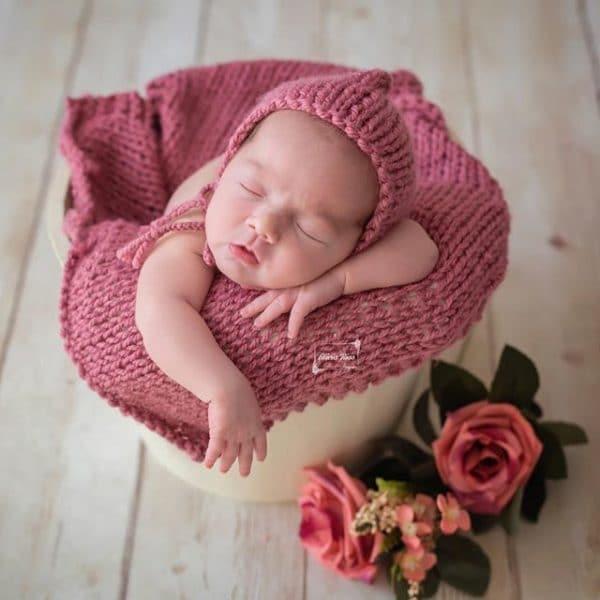 Fotografía newborn en Sevilla | Recién nacido en cesto