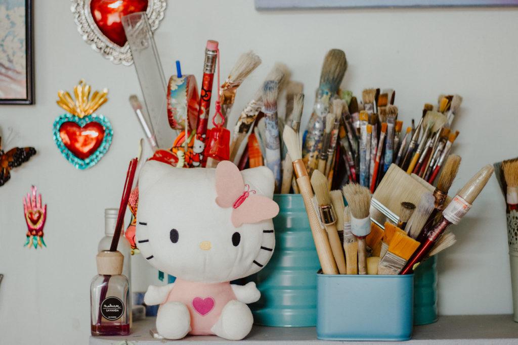Rincones de Solano Atelier con Hello Kitty y sus pinceles